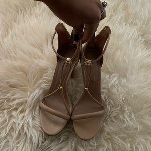 Bcbg tan heels